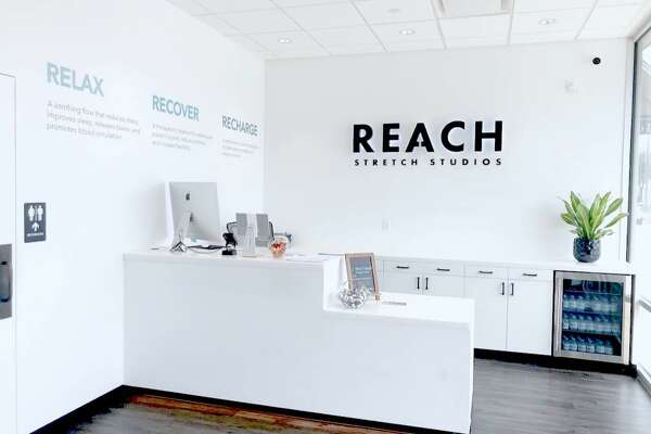 Reach Stretch Studios has opened a new studio in the heart of Houston at the corner of Kirby Drive and Rice Boulevard in Rice Village.