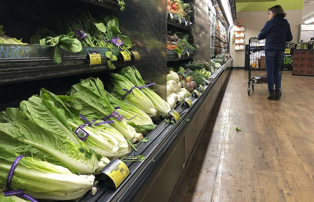 Is it safe to ... eat romaine? Connecticut, Idaho, Montana, New Hampshire, New Mexico, Rhode Island, South Dakota, Vermont and Wisconsin.