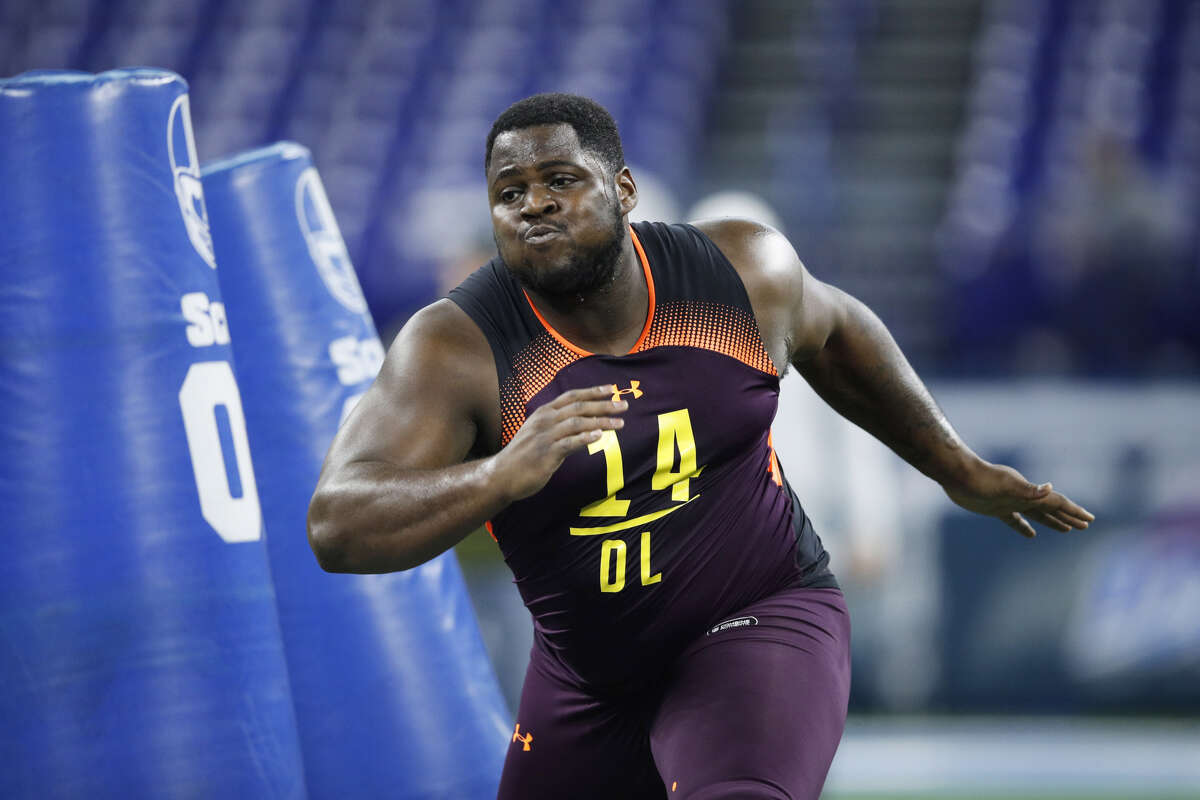 ROUND 4, NO. 124 OVERALL- DT KHALEN SAUNDERS, WESTERN ILLINOIS The 6-foot-4, 320-pound Khalen Saunders went viral by doing a backflip, but he's fun to watch on the defensive line, too. He's an imposing run stuffer with interior pass-rushing potential. He didn't play at the highest level of college football -- Western Illinois is in the FCS -- but he had a strong showing at both the Senior Bowl and NFL combine. Saunders was named an AP FCS second-team All-American last season. In 2017, he had 57 tackles (including 12 for loss) and 7.5 sacks.