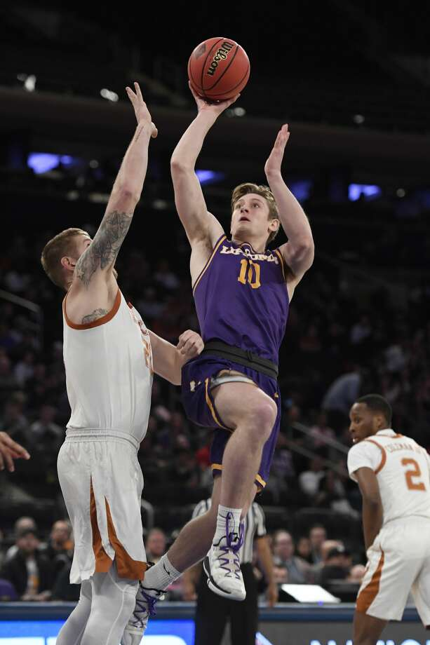 NEW YORK, NEW YORK - APRIL 04: Jake Wolfe #10 of the Lipscomb Bisons shoots the ball during the second half of the game against the Texas Longhorns at Madison Square Garden on April 04, 2019 in New York City. (Photo by Sarah Stier/Getty Images) Photo: Sarah Stier/Getty Images