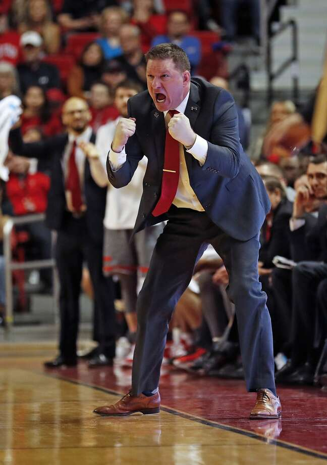 Texas Tech's Chris Beard accepted coach of the year award as he prepared for a Final Four matchup against Michigan State. Photo: Brad Tollefson / Associated Press