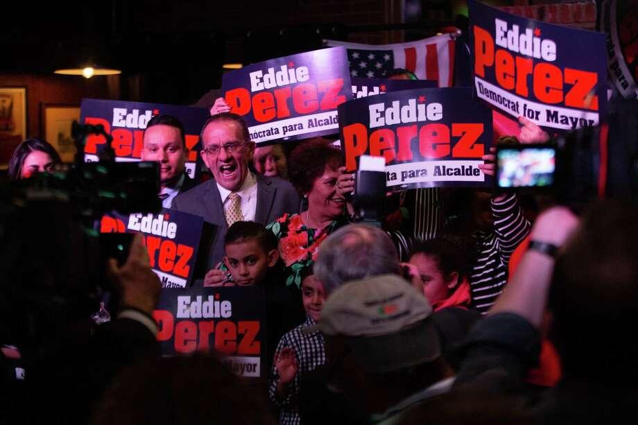 Eddie Perez announces his run for Hartford mayor on Thursday night. Photo: Ryan Lindsay / Connecticut Public Radio