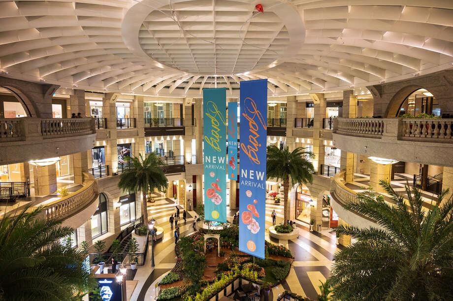 Inside the Bellavita luxury mall in Taipei, Taiwan. Photo: Bloomberg Photo By Billy H.C. Kwok / Bloomberg
