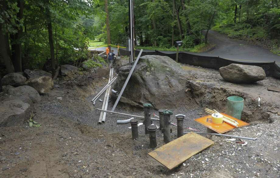 File photo of crews working on upgrading the Bethel water system on Wednesday, July 25, 2018, in Bethel, Conn. The pump station at Briar Cliff Manor and Nashville Road was upgraded. Photo: H John Voorhees III / Hearst Connecticut Media / The News-Times