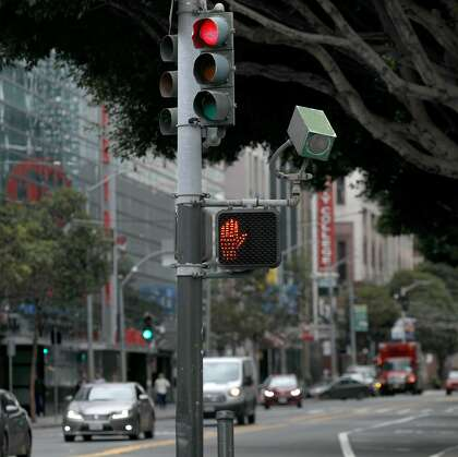 SF getting new red-light cameras, but it's been a stop-and