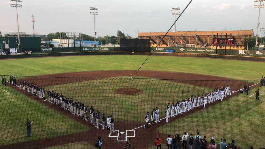 The Tecolotes Dos Laredos opened their 2019 season at Parque La Junta on Friday night against Algodoneros Union Laguna. The Tecos picked up a 7-4 win in front of 5,459 fans — more than any game they had last year at Nuevo Laredo Stadium. Photo: Courtesy Of Algodoneros Union Laguna