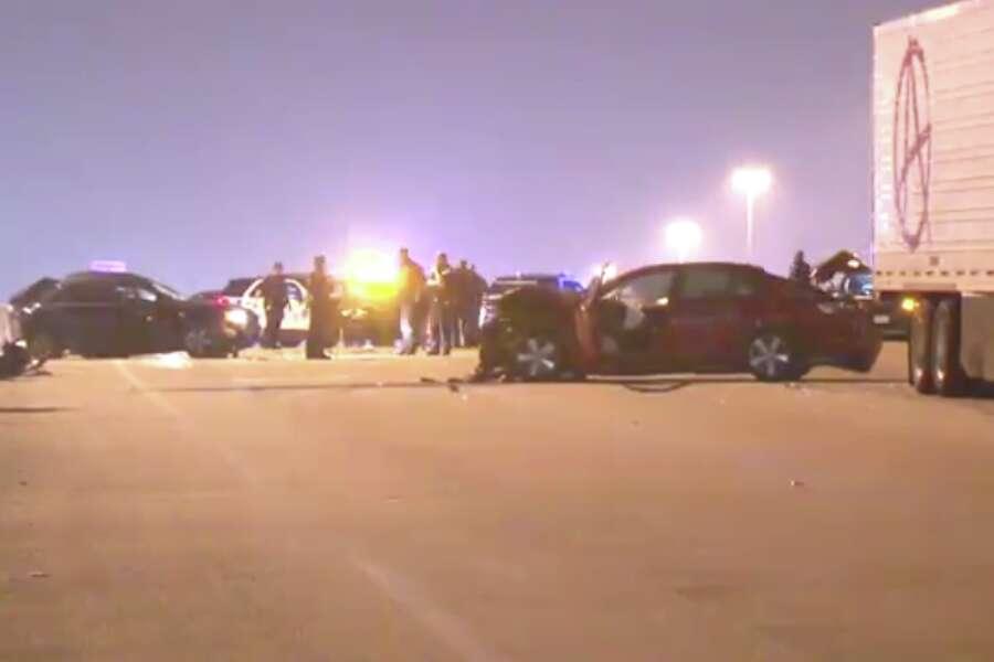 Man Dies In Four Car Crash That Shut Down I 10 Lanes