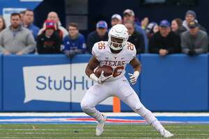 LAWRENCE, KS - NOVEMBER 23: Texas Longhorns running back Keaontay Ingram (26) during a Big 12 football game between the Texas Longhorns and Kansas Jayhawks on November 23, 2018 at Memorial Stadium in Lawrence, KS.  (Photo by Scott Winters/Icon Sportswire via Getty Images)