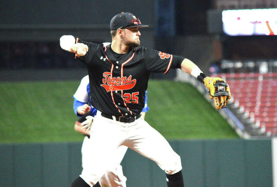 Edwardsville third baseman Max Ringering makes a throw to first base to complete a double play during Saturday's game against Hillsboro, Mo., at Busch Stadium.