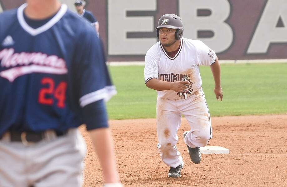 Mathew Trevino and the Dustdevils lost their opener Friday 6-3 to St. Edward's in their final series of the regular season. Photo: Danny Zaragoza /Laredo Morning Times File / Laredo Morning Times