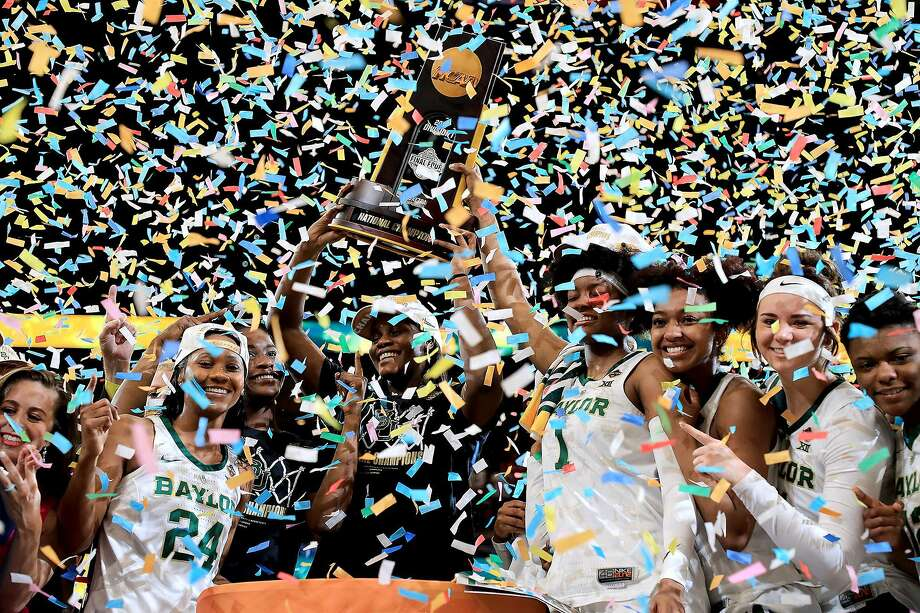 Baylor celebrates after beating Notre Dame for the women's NCAA basketball championship. Photo: Mike Ehrmann / Getty Images / TNS