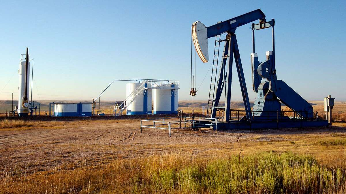 They're under 40 and they're drilling for oil in the Permian Basin of West Texas.Millennial-run oil company Double Eagle Energy Holdings III has received three drilling permits from the Railroad Commission of Texas for a trio of projects in Midland County.