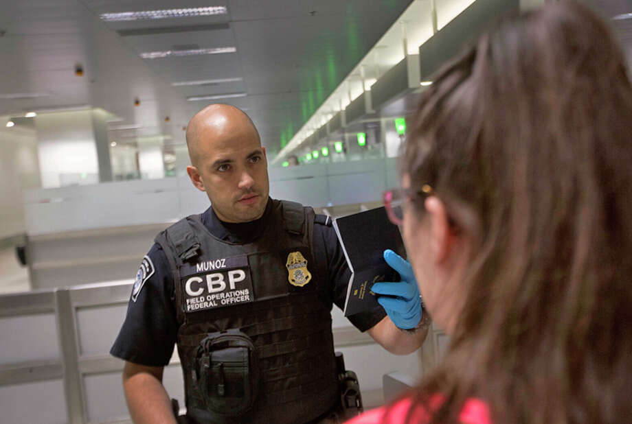 The ACLU wants courts to bar Customs officers from searching electronic devices without a warrant. Photo: Customs And Border Protection