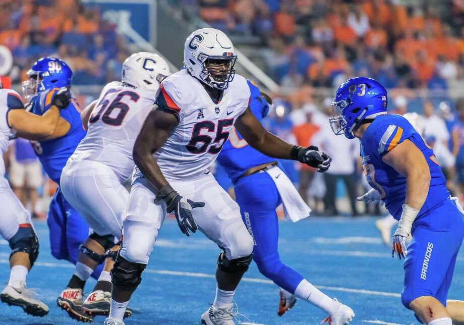BOISE, ID - SEPTEMBER 08: Connecticut Huskies offensive lineman Matt Peart (65) sets up a block from Boise State Broncos defensive tackle Chase Hatada (93) during the game between the Connecticut Huskies vs the Boise State Broncos on Saturday, September 8, 2018, at Albertsons Stadium in Boise, Idaho. (Photo by Douglas Stringer/Icon Sportswire via Getty Images) Photo: Icon Sportswire / Icon Sportswire Via Getty Images / ©Icon Sportswire (A Division of XML Team Solutions) All Rights Reserved ©Icon Sportswire (A Division of XML Team Solutions) All