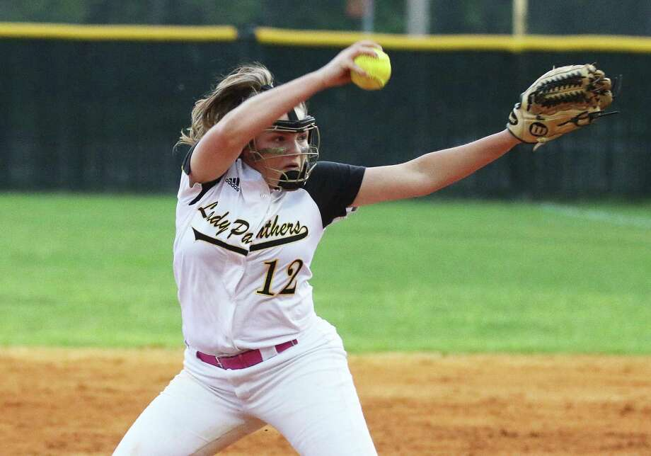 Liberty Lady Panthers freshman relief pitcher Lillie Wakefield delivers a strike over the plate Friday night in their district matchup against Shepherd. Photo: David Taylor / Staff Photo