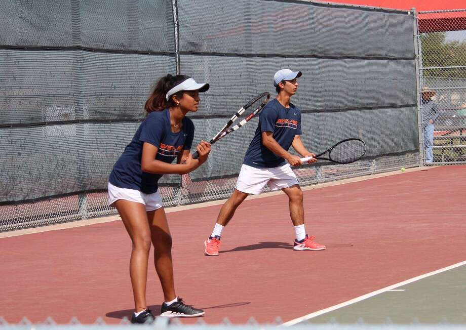 The Seven Lakes mixed doubles team of Divija Nadella and Sid Kumar won the District 19-6A championship and will play at the Region III-6A Tournament, April 17-18 in Deer Park. Photo: Seven Lakes High School / Seven Lakes High School