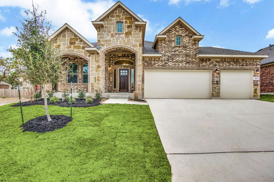 Builder: Chesmar HomesCommunity:Alamo Ranch Address: 4511 Lugo Way  San Antonio, TX 78253 Price:$369,990 Photo: Chesmar Homes