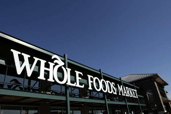 Whole Foods Market located off the corner of Alabama and Kirby, Wednesday, Jan. 10, 2006. The Austin-based grocery now has 155 stores throughout North America and the United Kingdom and is the world's leading organic and natural foods supplier. (Johnny Hanson for the Houston Chronicle).