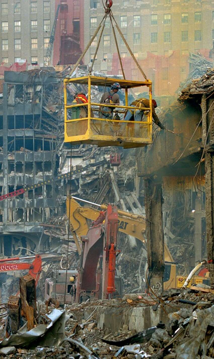 Earl Dotter documented search-and-recovery efforts at Ground Zero following 9/11.