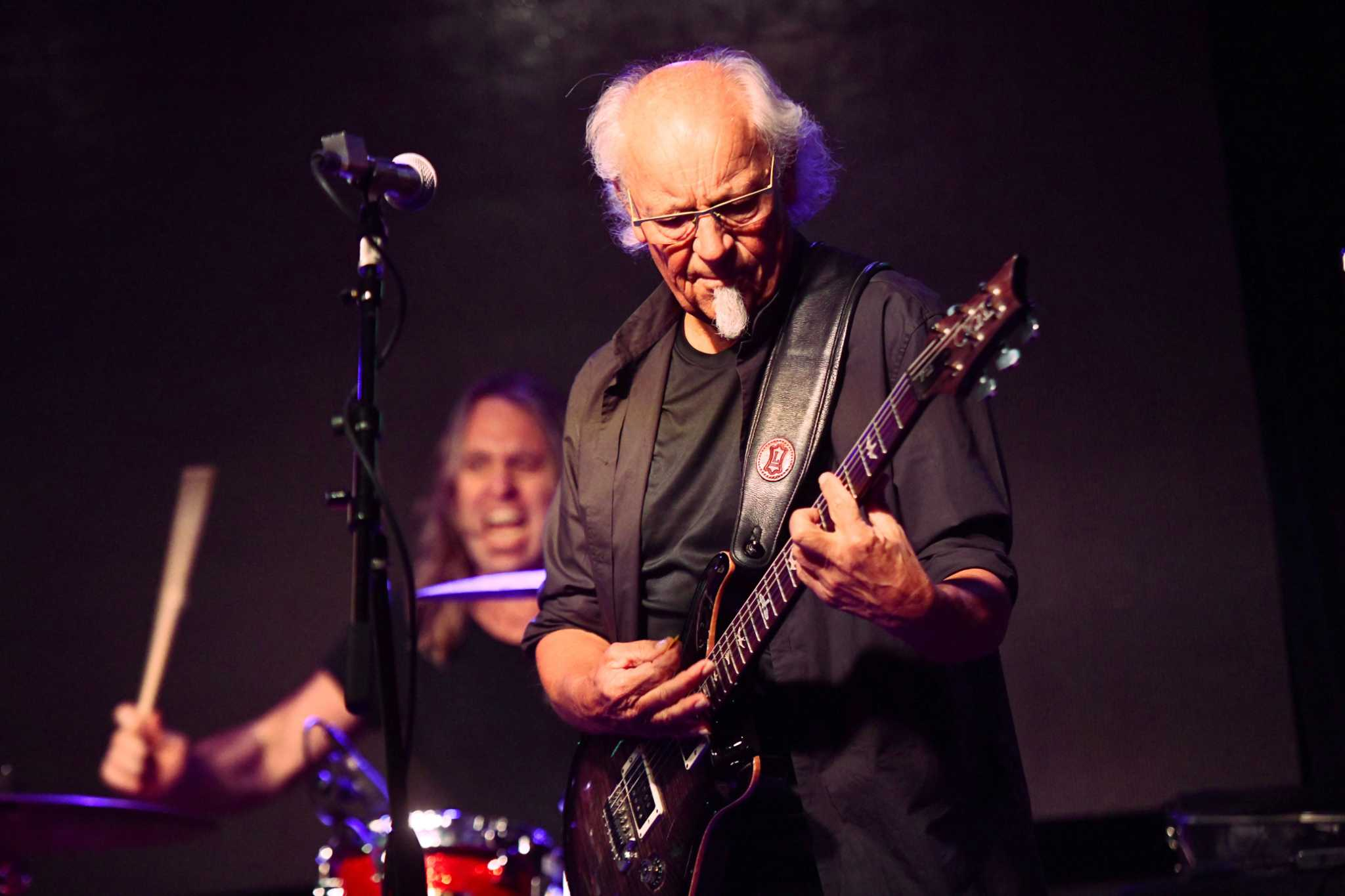 guitarist martin barre celebrates 50 years of jethro tull at ridgefield playhouse connecticut post. Black Bedroom Furniture Sets. Home Design Ideas