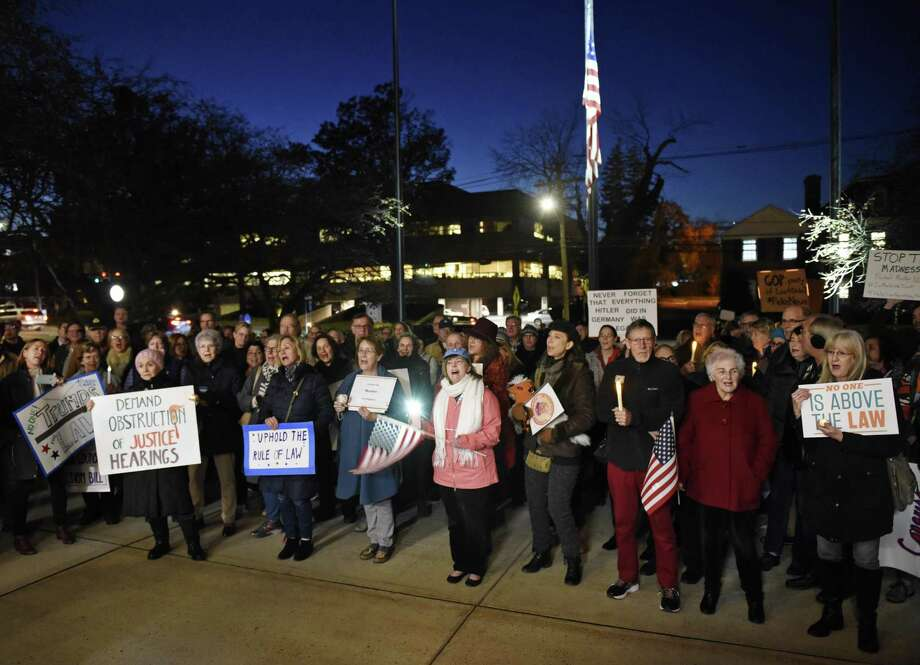 More than 200 people attend the Indivisible Greenwich rally against the firing of Attorney General Jeff Sessions outside Town Hall in Greenwich, Conn. Thursday, Nov. 8, 2018. Photo: Tyler Sizemore / Hearst Connecticut Media / Greenwich Time