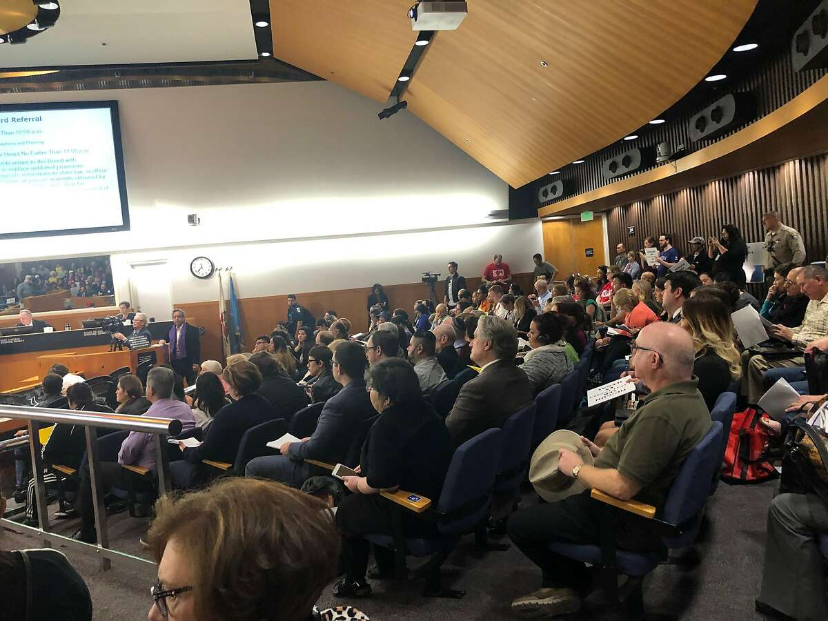 Hundreds of community members packed the Santa Clara County Board of Supervisors meeting Tuesday as the county considered possible amendments to its sanctuary policy.