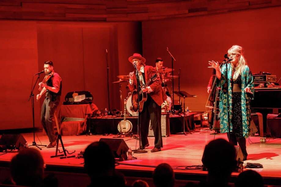 Squirrel Nut Zippers will play StageOne at Fairfield Theatre Co. April 24. Photo: FTC / Contributed Photo / © Fred, Kathy, Christine & Kevin Kuhlman 2017