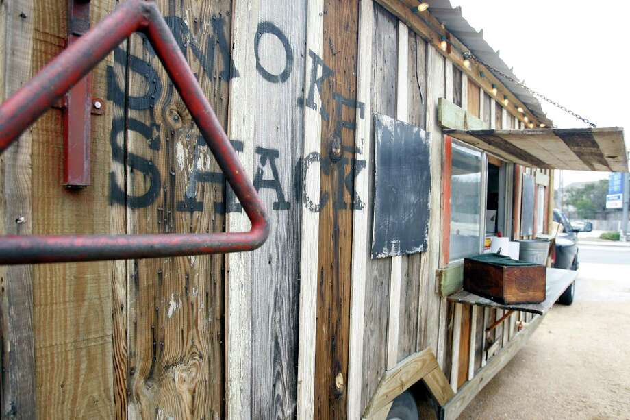 The Smoke Shack food truck made its debut in 2012 near the intersection of Loop 410 and Nacogdoches. Photo: William Luther /Staff File Photo / © 2012 SAN ANTONIO EXPRESS-NEWS