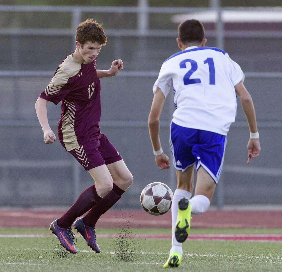 Magnolia West midfielder Parker Hawks (13), shown here during the playoffs last month against New Caney, was recently selected the District 19-5A MVP. Photo: Jason Fochtman, Houston Chronicle / Staff Photographer / © 2019 Houston Chronicle