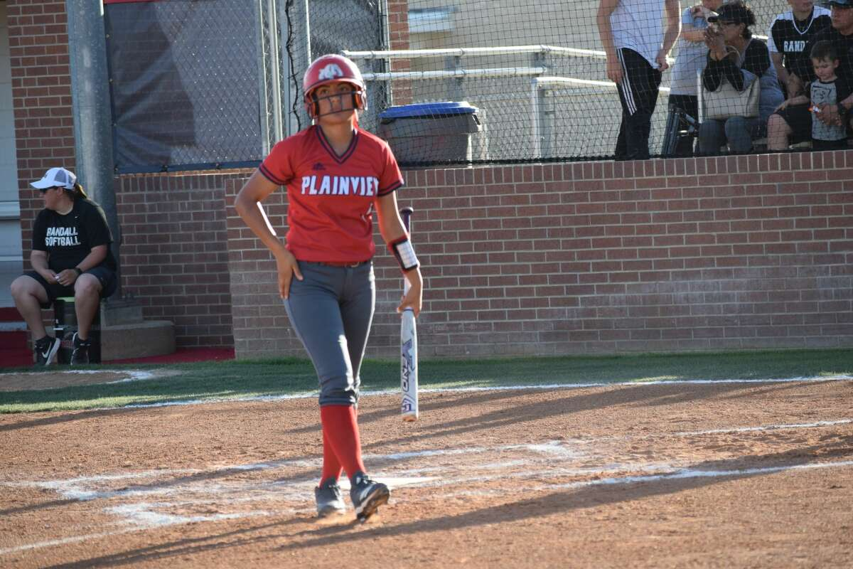 The Plainview Bulldogs varsity softball team played a home game against Randall on Tuesday, April 9. Plainview lost to Randall with a score of 15-3.