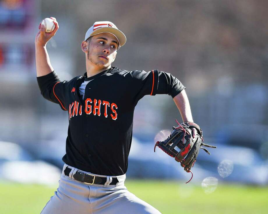 Stamford pitcher Jay Lockwood delivers a pitch. Photo: Matthew Brown / Hearst Connecticut Media / Stamford Advocate