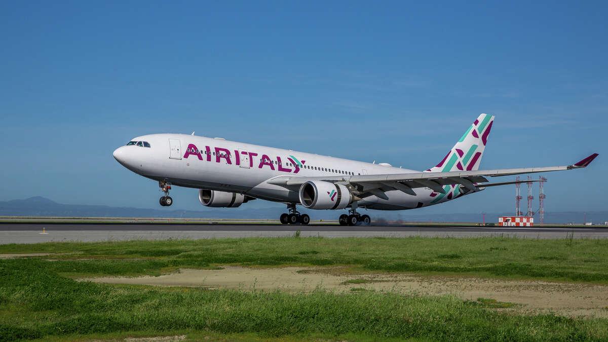 Air Italy's Airbus A330 inaugural flight from Milan lands at SFO in spring 2019