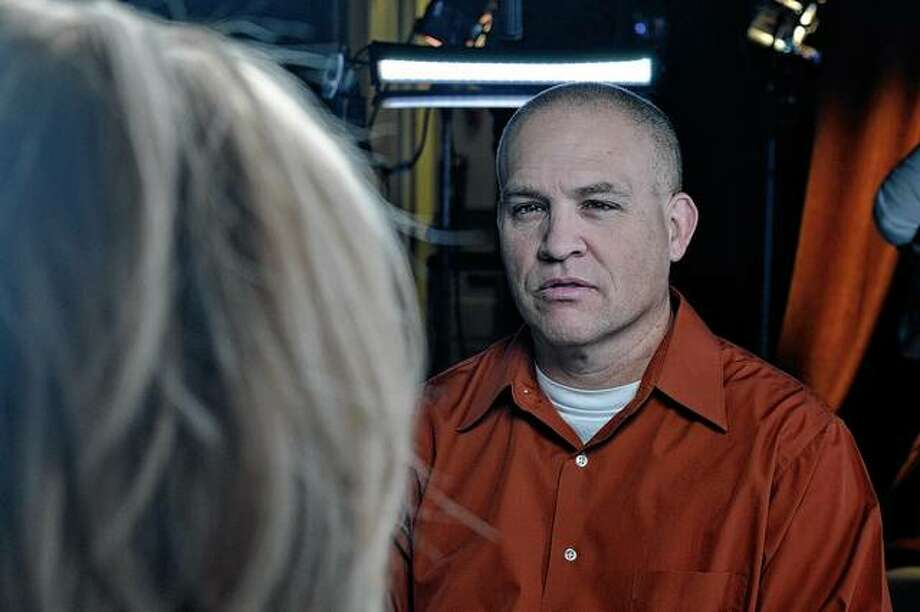"Paula Zahn interviews Dewaine Hoagland, the son of shooting victim Diann Hoagland, for the Investigation Discovery program ""On the Case with Paula Zahn."" Photo: Discovery Communications"