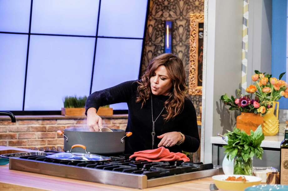 Rachael Ray on her Food Network talk show. Photo: Photo By Chris Sorensen For The Washington Post. / For The Washington Post