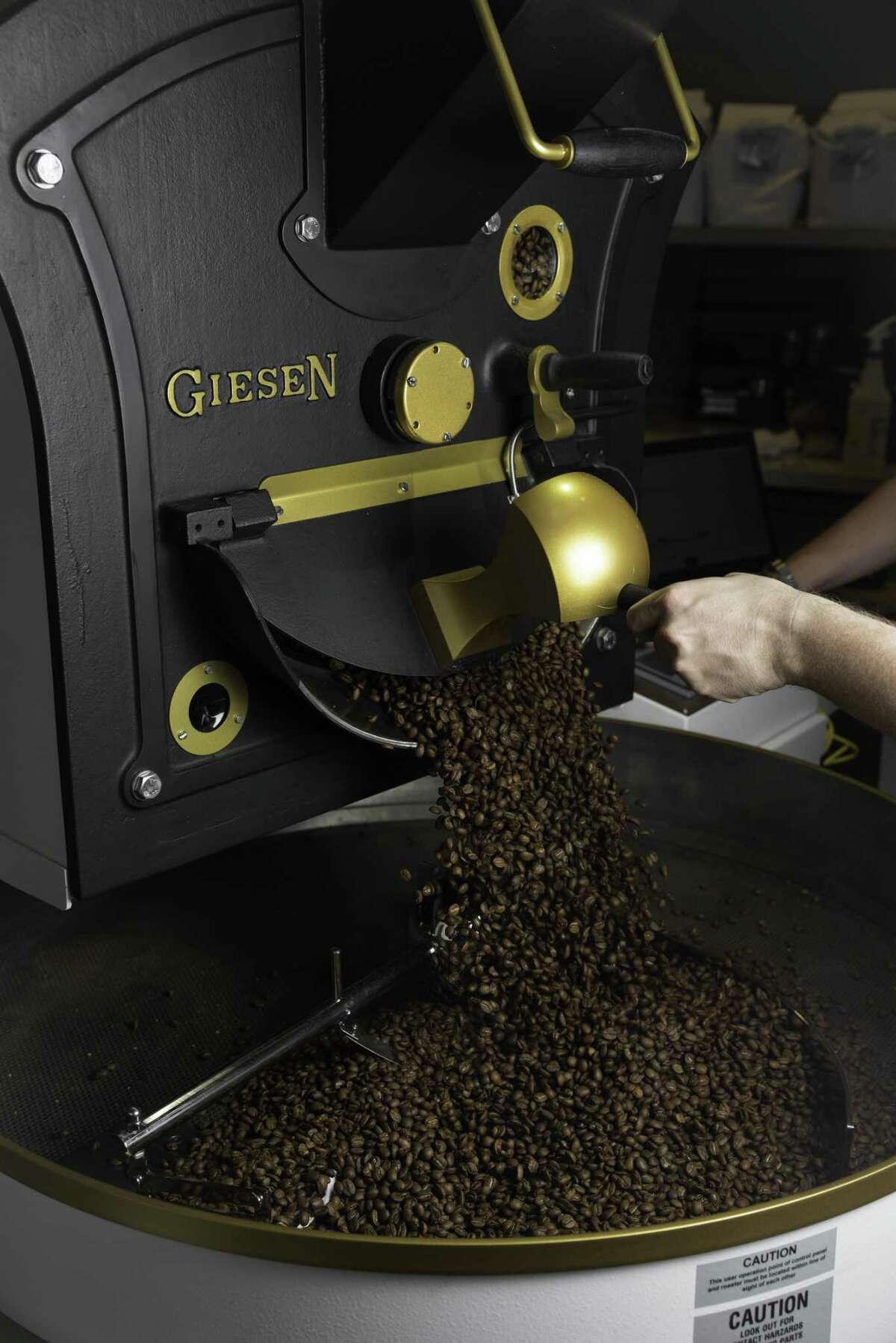 The Roastery Coffee Kitchen continues their expansion in the Houston market with the grand opening of its third location, attached to the H-E-Bat 5895 San Felipe St. today, Monday, April 8, 2019. The concept, which was launched last year by Jason Giagrande who is part of the esteemed FOUR J team along with chefs Jonathan Waxman, Jimmy Bradley and Joey Campanaro, who have been working with H-E-B developing products over the last six years.