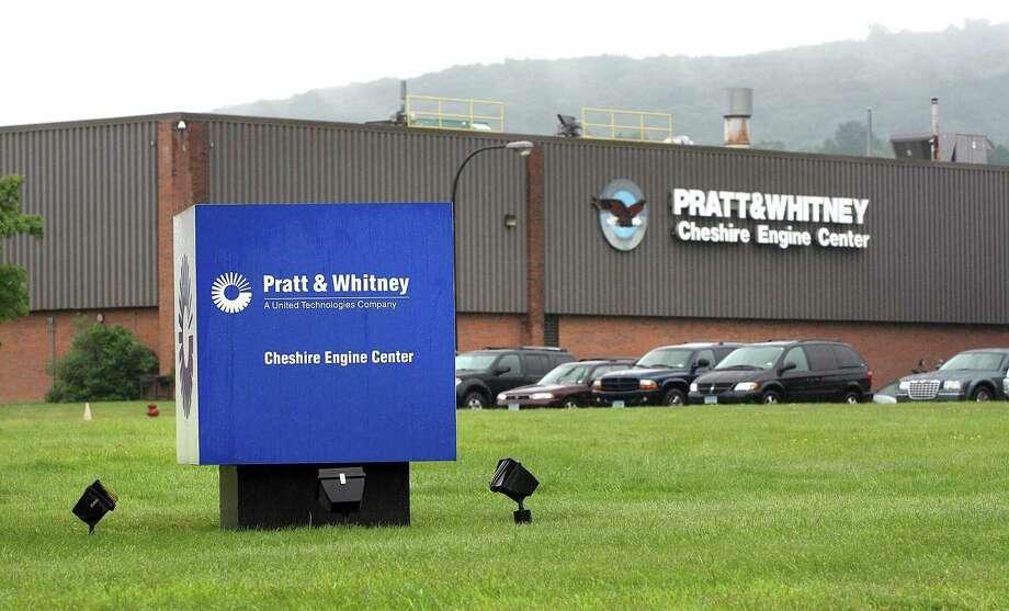 Peter Casolino Cas090721 7/21/09 Cheshire-- Pratt & Whitney has informed the Machinist Unions that it may shut down the Cheshire Plant. Photo/Peter Casolino ****