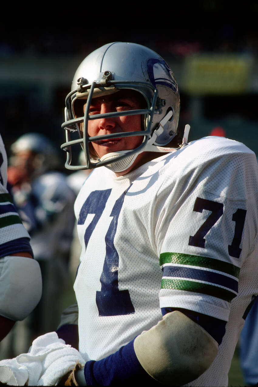 Seahawks select Steve Niehaus No. 2 overall in 1976 Steve Niehaus was the first draft pick in Seahawks history, but fans in Seattle will always be left with 'what if' questions. After starting all 14 games as a rookie, and registering 9.5 sacks en route to NFC Defensive Rookie of the Year honors, the rest of his career was derailed by injuries. He'd play just three more seasons before hanging it up. What adds to the hurt? The Buccaneers landed a future Hall of Famer in Lee Roy Selmon at No. 1, a pick ahead Niehaus. And NFL greats like Mike Haynes (also a Hall of Famer) and Chuck Muncie (three-time Pro Bowler) were selected after Niehaus.