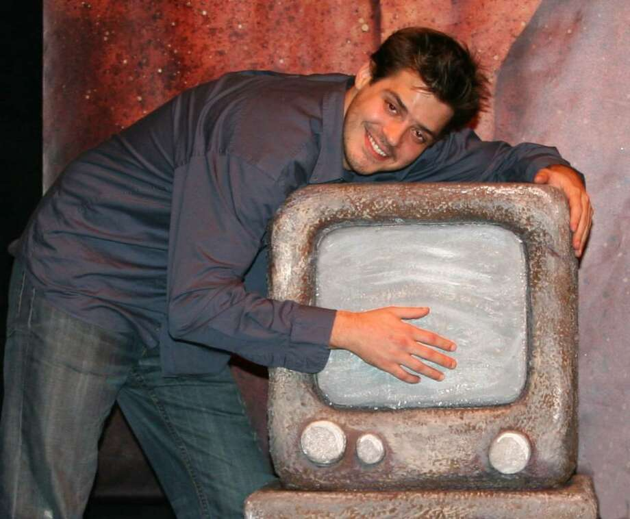 """Paul Perroni is starring in """"Defending the Caveman"""" at Long Wharf Theatre in New Haven through Aug. 22. Photo: Contributed Photo / Connecticut Post"""