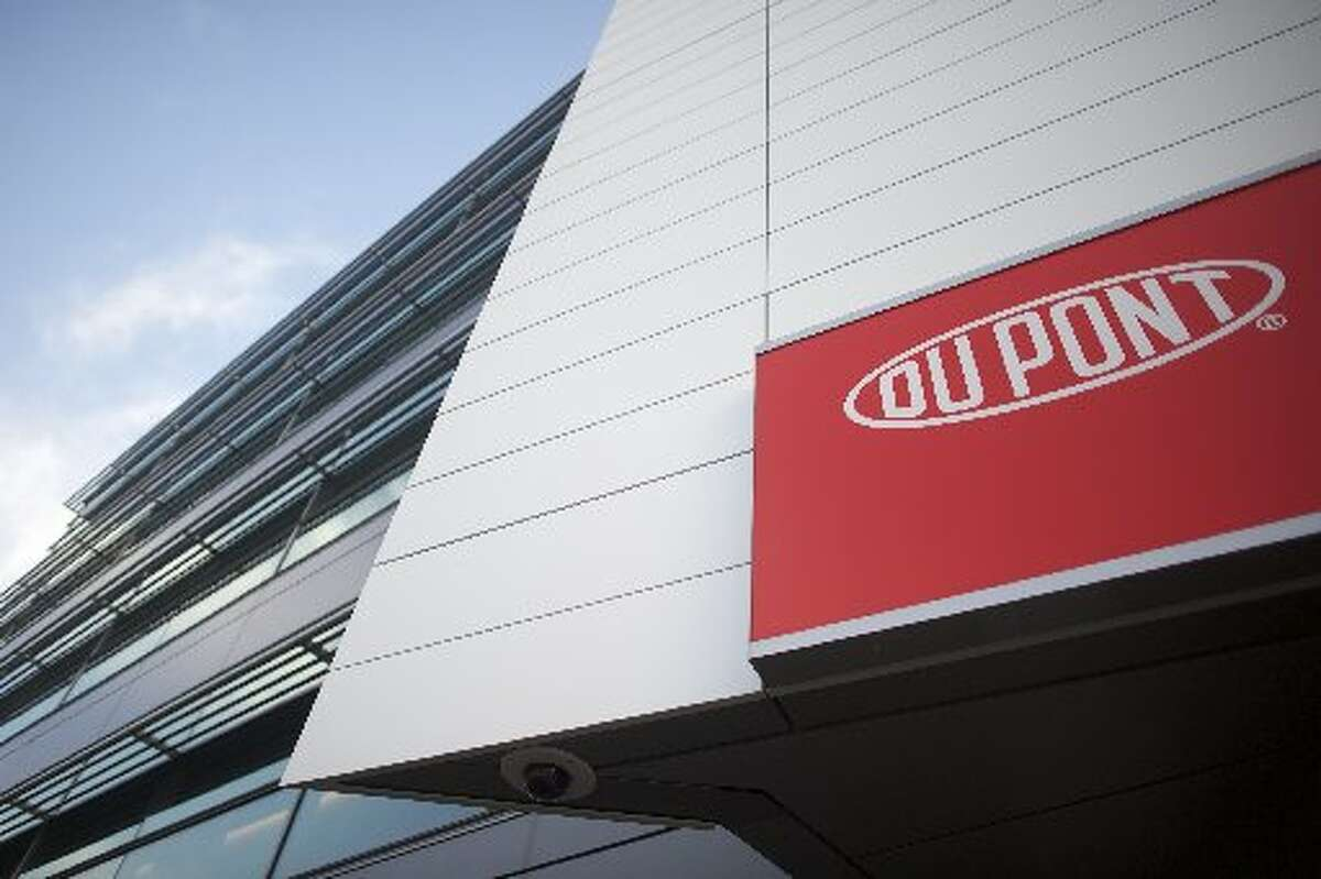 WILMINGTON, DE : Dupont corporate headquarters is seen on December 11, 2015 in Wilmington, Delaware. Workers at the chemical company's Bayport plant in Pasadena are in the process of unionizing. (Photo by Mark Makela/Getty Images)