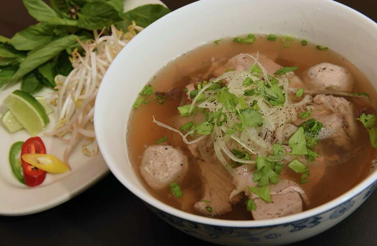 Restaurant Review Quang S Vietnamese Bistro In Troy