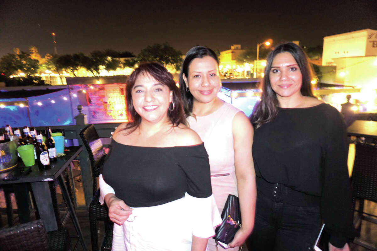 Mine Rodriguez, Cindy Rangel and Gaby Martinez at Siete Banderas