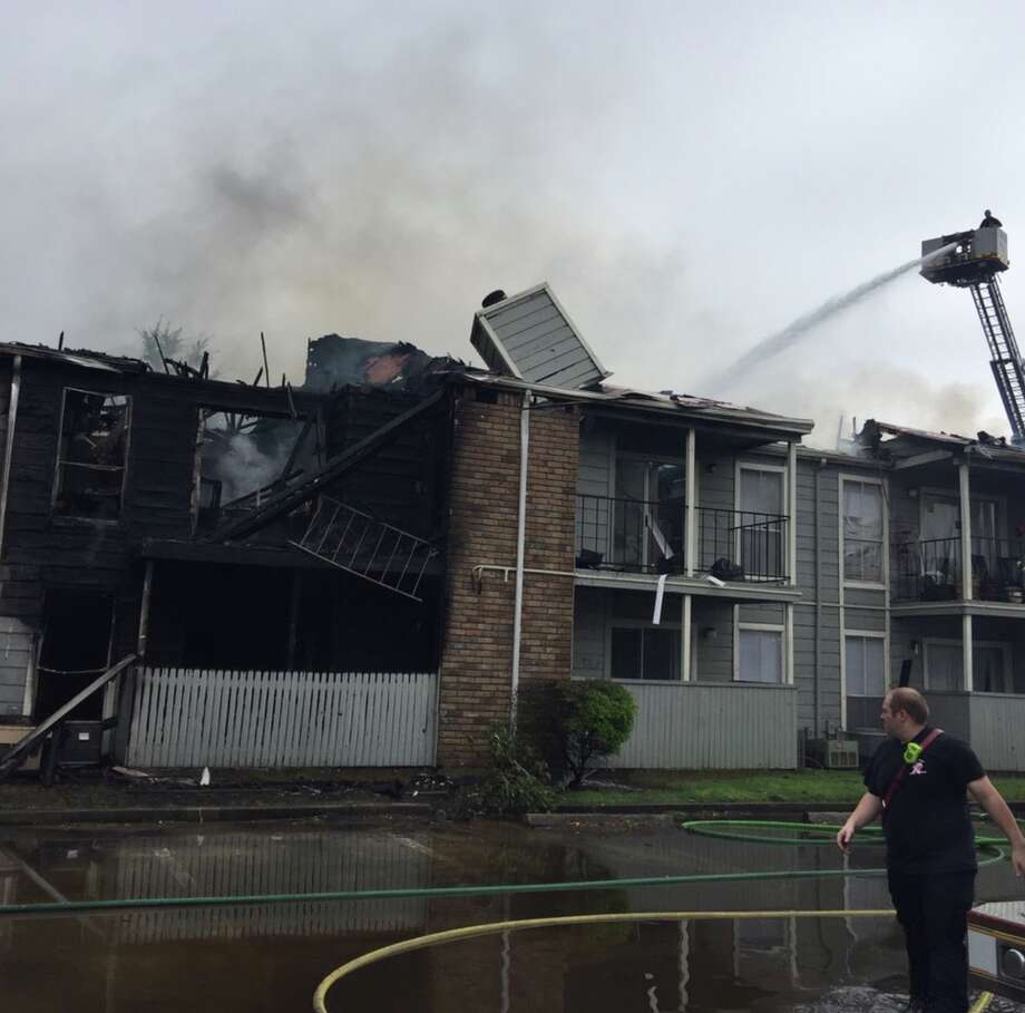 Firefighters work to tackles a 3-alarm apartment fire in northwest Harris County on Friday, April 12, 2019. Photo: Harris County Fire Marshal's Office