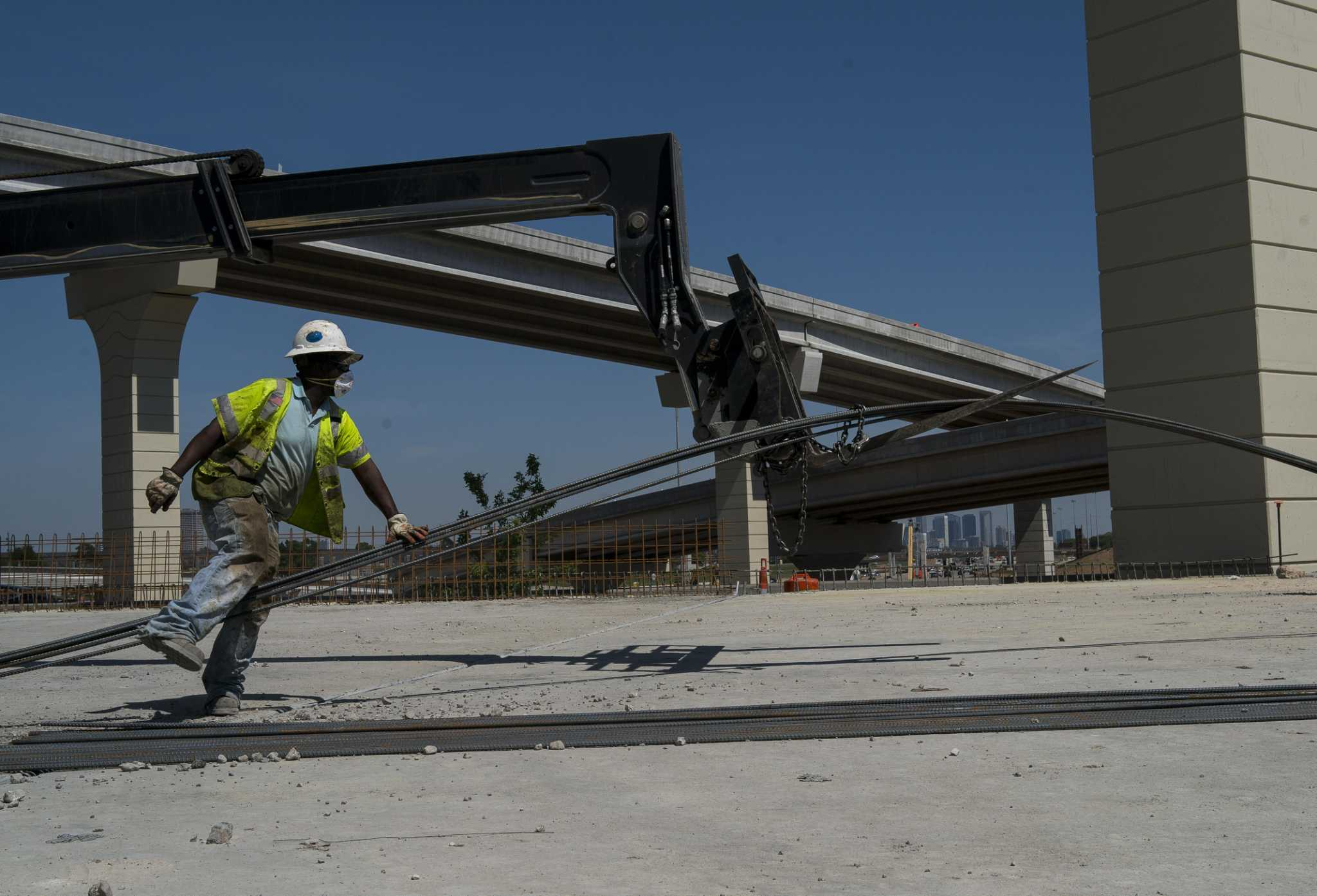 Weather, steel delays push opening Texas 288 tollway to mid-2020