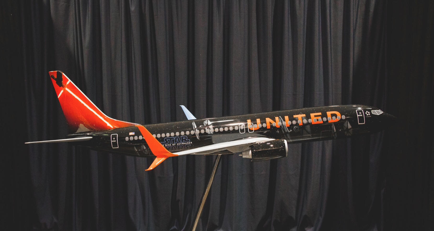 United Airlines unveils new Star Wars look