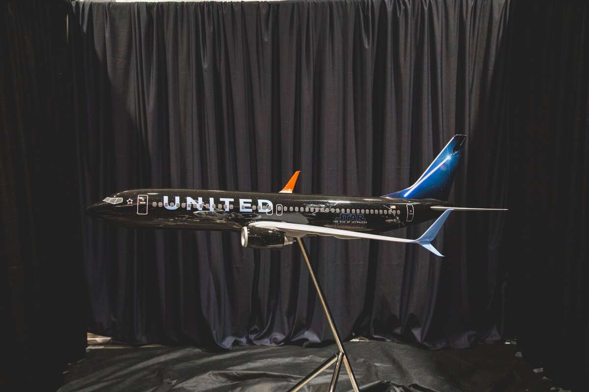 United is rolling out a new Star Wars livery this fall to coincide with the release of the movie: