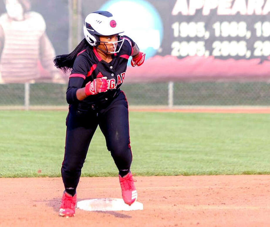 SIUE's Kylie Lane had a hit in each game of Thursday's doubleheader against Eastern Kentucky University, but the Cougars dropped both games, 6-2 and 10-2 in Richmond, Ky. Photo: SIUE Athletics