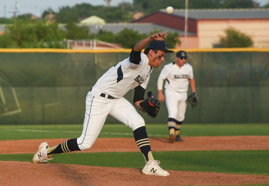 Paco Hernandez and the Bulldogs extended their streak to nine straight appearances in the area round after beating PSJA 4-3 in Game 3 of their first-round series. Photo: Danny Zaragoza /Laredo Morning Times File