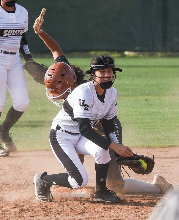 Kasandra Vasquez and the Lady Panthers couldn't hand Eagle Pass its first loss Friday falling 13-3. Photo: Danny Zaragoza /Laredo Morning Times