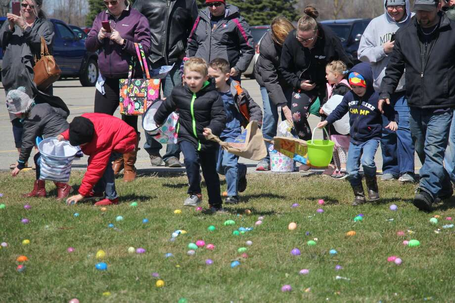 The Bad Axe Free Methodist Church hosted three different Easter egg hunts on Saturday. Photo: Seth Stapleton/Huron Daily Tribune