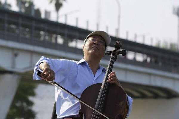 Famed cellist Yo-Yo Ma uses music and bridges to unite